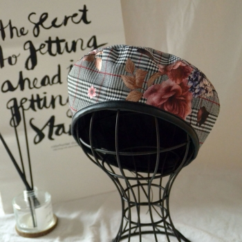 beret with digital printing